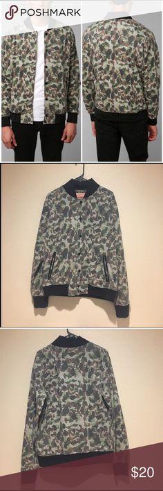 Men's Camo Jacket Men's Camo jacket. Preloved but in good condition. 60% cotton 40% polyester Trademark Brooklyn clothing  Jackets & Coats Bomber & Varsity
