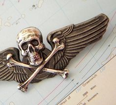 Steampunk Pin Wings Skull & Crossbones Gothic Victorian Metal Pilot Wings Badge Primitive Antiqued Finish