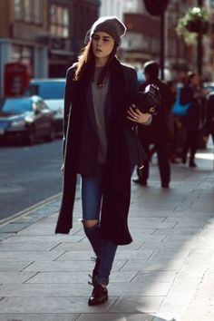 jpg (I like her shoes a lot–good shine, i think they're black but would make a ore interesting outfit in a deep red or purple or something) Street Look, Street Style, Winter Essentials, How To Make, How To Wear, Bomber Jacket, Vogue, Chic, Purple