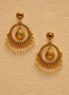 4 Marvelous Cool Tips: Silver Jewelry Ideas antique jewelry shape. Gold Jhumka Earrings, Indian Jewelry Earrings, Jewelry Design Earrings, Gold Earrings Designs, Gold Jewellery Design, Bridal Jewelry, Jewlery, Jewelry Stores, Jewelry Sets
