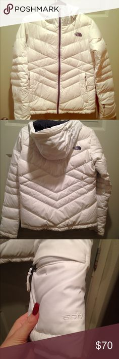 North Face 550 heavy duty winter. Fresh white 550 Almost new. I've worn it maybe 5 times. Super warm and long in the body for skiing/ boarding. North Face Jackets & Coats Puffers