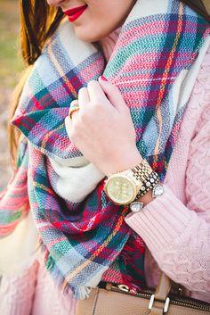 plaid scarf, chunky knit turtleneck, blanket scarf, duck boots // grace wainwright from a southern drawl Stylish Girls Photos, Stylish Boys, Stylish Girl Pic, Cute Girl Poses, Cute Girl Photo, Cute Girls, Pretty Girls, Girl Pictures, Girl Photos