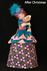 Counting Down the Days - Doll Street Dreamers -online doll classes, e-patterns, mixed media art classes, free doll patterns and Diy And Crafts, Arts And Crafts, Paper Crafts, Apron Pattern Free, Soft Sculpture, Fabric Dolls, Doll Patterns, Pin Cushions, Art Dolls