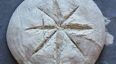 Okragly chleb na zakwasie