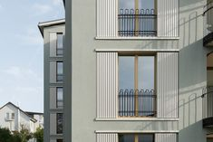 VETTER SCHMID Architekten | Wohnhaus-Kloten Library Architecture, Modern Architecture, French Balcony, Multi Story Building, Stairs, Exterior, Windows, Corridor, Mansions
