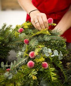 Jo Malone London | Wreath-Making #FrostedFantasy