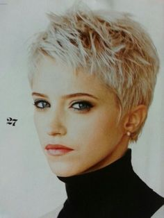 Feminine short hairstyles and very short pixie hair colors feminine short hair . - Feminine short hairstyles and very short pixie hair colors feminine short hairstyles and very - Feminine Short Hair, Short Grey Hair, Super Short Hair, Short Wavy, Long Bob, Pixie Hair Color, Pixie Cut Wavy Hair, Choppy Pixie Cut, Hair Color 2018