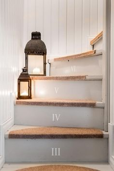 Sisustus  - Eteinen - Maalaisromanttinen Upstairs Bedroom, Painted Stairs, Love Your Home, Dream Decor, White Wood, Stairways, Cottage Style, Wall Design, Beautiful Homes
