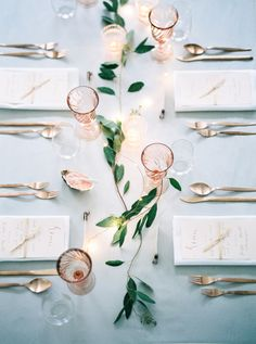 Gold, blue and peach - Wedding Inspiration // Nordic Weddings - Photo…