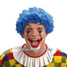 Tu mejor peluca de payaso azul rizada,es perfecta para complementar tus disfraces de payaso o bufona. Serás la culpable de todas las risas de los eventos a los que vayas, fiestas tematicas del circo. complementos de payasos