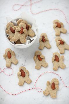 Biscotti con grano saraceno e mandorle | da Zucchero e Zenzero