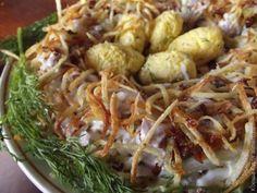 """Секреты приготовления салата """"Гнездо глухаря"""" + 5 разновидностей: с говядиной, капустой, чипсами и другими ингредиентами, и еще куча рецептов с пошаговой инструкцией."""