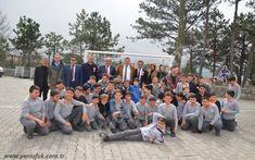 Alaplı Belediye Başkanı Nuri Tekin, Atatürk Ortaokulu öğrencilerine verdiği sözü tuttu, okul bahçesine, voleybol, basketbol ve mini futbol sahası kurdu.