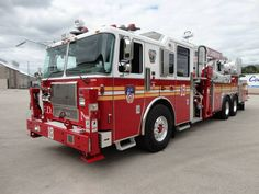 FDNY Ladder 18 - Seagrave Tower Ladder