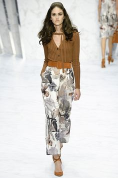 Daks Spring 2016 Ready-to-Wear Fashion Show; love these flowey pants and the subtle yet oversized floral.