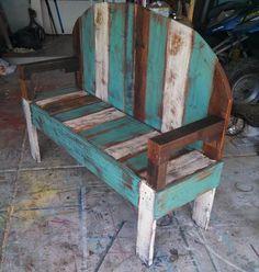 Rustic Pallet Wood Bench