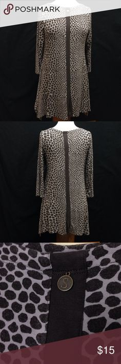 Soft Surroundings Spotted Print Relaxed Tunic Bust 37 Length 31. This top in great condition. It has a small bit of wear to it but has no rips stains or tears. Very soft and loose fitting. Soft Surroundings Tops Blouses