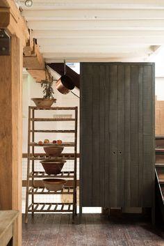 Beautiful modern rustic kitchen by deVOL - Home Decor Kitchen Cabinet Storage, Kitchen Cabinet Design, Kitchen Redo, Kitchen Ideas, Pantry Cupboard, Kitchen Cabinets, Devol Kitchens, Rustic Kitchen Design, Küchen Design