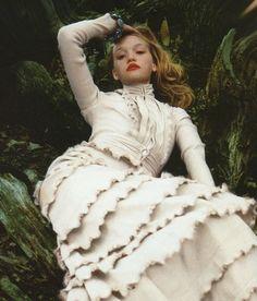 "Gemma Ward ""Autumn's Big Ideas"" in Vogue UK, September 2005 by Nick Knight… Moda Steampunk, Steampunk Fashion, Gemma Ward, Vogue Uk, Belle Epoque, Foto Fashion, Fairytale Fashion, Editorial Fashion, Ideias Fashion"