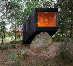"Forest Retreat by Uhlik Architekti www.instoreshop.be INSTORE ""CONTEMPORARY FURNITURE & INTERIOR DESIGN"" SINCE 1980. www.instoreshop.be/ www.instore.be/"