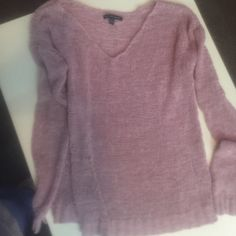 AE med Cute American Eagle Outfitters Sweaters V-Necks