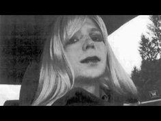 Después de cumplir 6 años de los 35 a los que sería condenada Chelsea Manning por la filtración de más de 700.000 documentos a WikiLeaks, Barack Obama conmuta su pena debido a su situación personal por ser transexual, poniendo fecha a su liberación para el 17 de mayo.