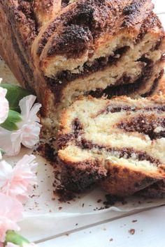 Kókuszos- csokoládés kalács Nigella Lawson, Sweet Dreams, Nutella, Banana Bread, Sandwiches, Sweets, Desserts, Food, Crochet