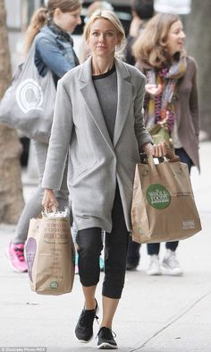 Naomi Watts- casual street style