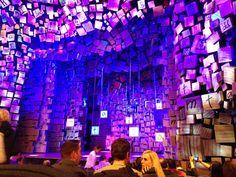 Matilda The Musical, melhor cenografia pelo Tony Awards 2013. Cenografia: Rob Howel.
