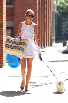 Olivia Palermo - Olivia Palermo Takes Her Dog for a Walk