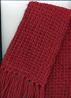 Ravelry: Red Ripple-Effect Scarf by Faina Goberstein