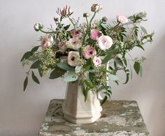 Google Image Result for http://blog.brympton-weddings.co.uk/wp-content/uploads/2012/01/ariel-dearie-floral-design.jpg