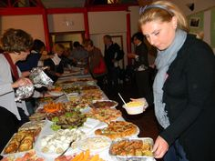 A GREAT BUFFET TO CELEBRATE THIS DAY Man Projects, Paella, Buffet, Ethnic Recipes, Food, Art, Meal, Buffets, Essen