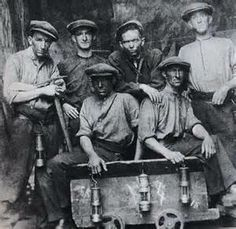 Memphis Jug Band-State of Tennessee Blues Old Photos, Vintage Photos, State Of Tennessee, Cardiff Wales, Coal Miners, Labor Union, Cymru, Portraits, Welsh