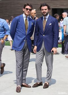 via: Glober Blue Blazer Outfit Men, Blazer Outfits Men, Blazer Fashion, Suit Fashion, Mens Fashion, Gentleman Style, Dapper Gentleman, Moda Men, Elegant Man