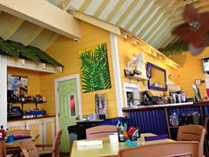 Where to Eat in Grand Cayman With Kids