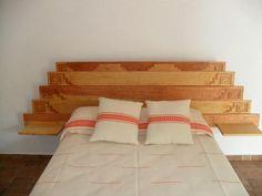 frente cabecera en madera grabado maya