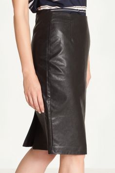 Fustă Greenpoint - negru – Misty.ro Leather Skirt, Skirts, Fashion, Leather, Moda, Leather Skirts, Fashion Styles, Skirt