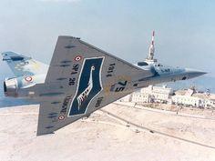 """""""Mirage 2000 C"""" n°60, 5-NF du 1/5 """"Vendée"""" survolant le sommet du Mont-Ventoux."""