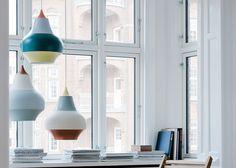 Louis Poulsen Cirque lampada a sospensione design Beautiful Interior Design, Beautiful Interiors, Contemporary Dining Chairs, Contemporary Furniture, Cool Light Fixtures, New Zealand Houses, Led Röhren, Design Studio, Design Awards