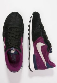 detailed look 9d4b6 9a824 Nike Sportswear INTERNATIONALIST - Tenisówki i Trampki - black string mulberry mid  navy