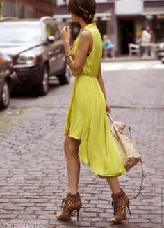 forever-new-yellow-dresses~look-main-single00-from-brussels-with-love.jpg 611×848 pixels
