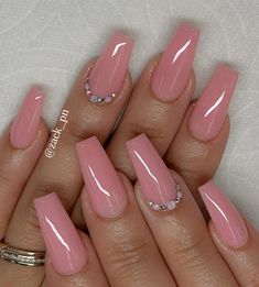 34 Outstanding Coffin Nail Art Designs You Will Love Ombre Nail Designs, Short Nail Designs, Acrylic Nail Designs, Nail Art Designs, Sexy Nails, Cute Nails, Pretty Nails, Summer Acrylic Nails, Best Acrylic Nails