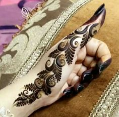 Hina, hina or of any other mehandi designs you want to for your or any other all designs you can see on this page. modern, and mehndi designs Henna Hand Designs, Mehndi Designs Finger, Mehndi Designs For Girls, Modern Mehndi Designs, Mehndi Designs For Fingers, Mehndi Design Pictures, Beautiful Mehndi Design, Arabic Mehndi Designs, Latest Mehndi Designs