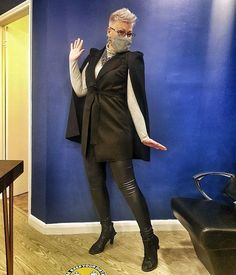 Abbey wears a cape and faux leather | 40plusstyle.com How To Wear Leggings, Best Leggings, Leather Pants, Over 40, Feeling Great, Cape, Trousers, Clothes, Dresses