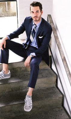 "From maninpink: ""David Flinn - Ludlow Suit (Italian wool) by J.Crew with sneakers"""