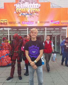 #Gamedev #VR RT LisaSEliasson: Successful first trip to #mcmComicCon for my brother and he is now also a Coatsink http://pic.twitter.com/1zoyPcTbzZ   Game Developer (@GamePr0Dev) October 30 2016