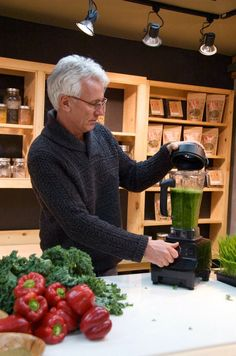 Brad's making a #green #smoothie at The Chip Factory's #juice bar.