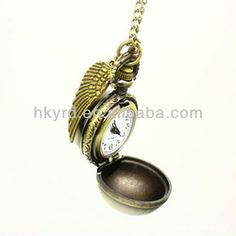 Horcrux Locket – Inspired By Harry Potter Golden Snitch, Valentine Gifts, Pocket Watch, Harry Potter, Pendants, Pendant Necklace, Watches, Unique Jewelry, Handmade Gifts