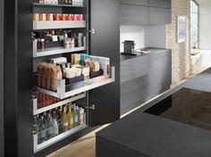 Küche, Organisation Kitchen Remodel, Kitchen Reno, Kitchen Pantry, Kitchen Storage, New Kitchen, Kitchen Interior, Kitchen Dining, Kitchen Cabinets, Cabinet Storage